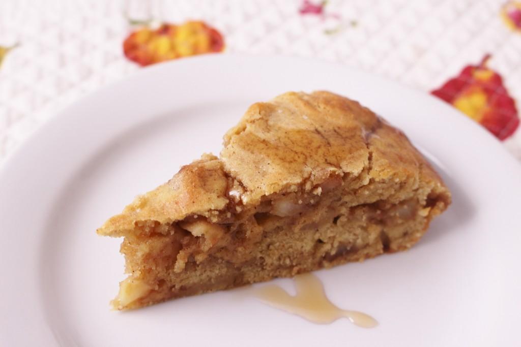 ココナッツオイルとココナッツシュガーで作るリンゴケーキ