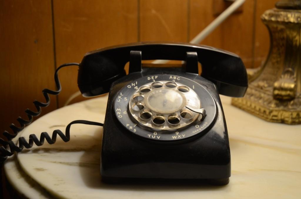 個人情報保護どころか、むしろ大公開!要注意なカナダ電話会社