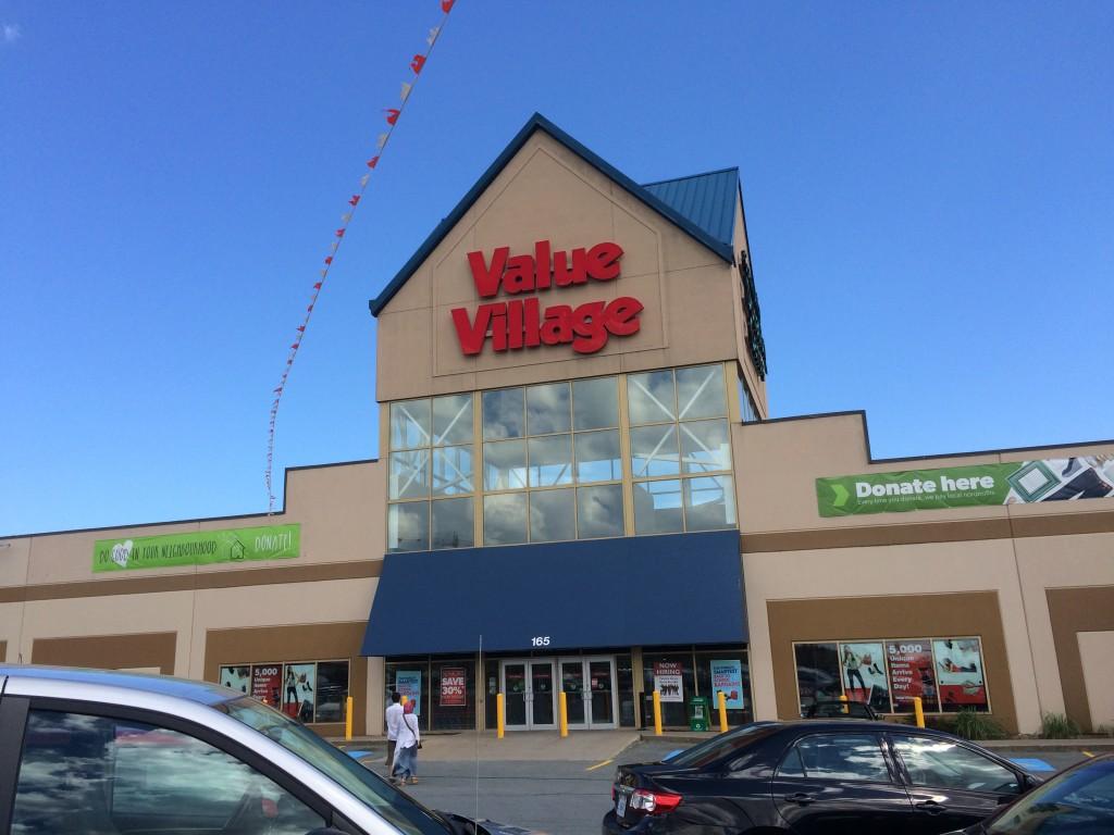 カナダ全土にあるリサイクルショップ「Value Village」にてレゴを大量ゲット