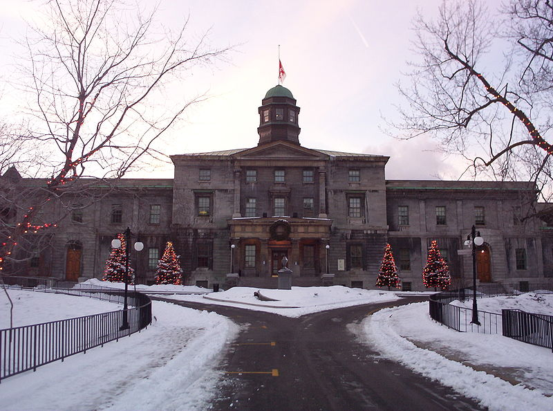 800px-McGill_University_Arts_Building2