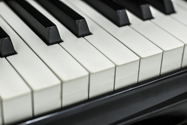 カナダのピアノ教育で見た日本との違い。息子6歳の個人レッスンはこんな感じ!
