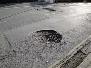 300px-newport_whitepit_lane_pot_hole