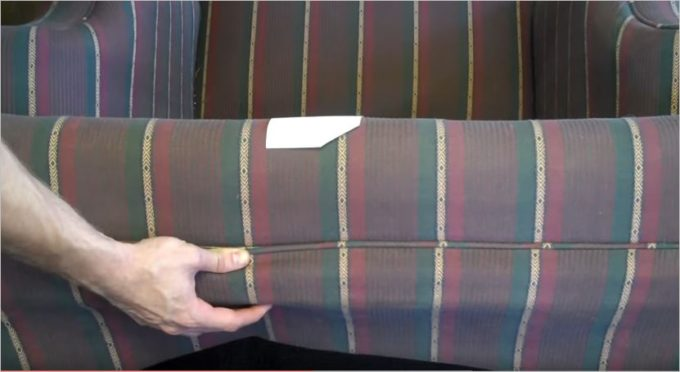 where-to-check_bedbug_in_hotel_sofa3