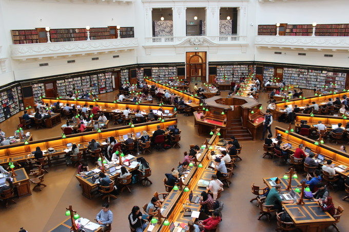 海外の大学・大学院の入学平均年齢|世界平均22歳!進学・留学は何歳からでも遅くない!