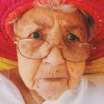 私のおばあちゃん、ファンキーでした。